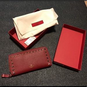 Valentino rockstud red leather wallet, zip around